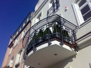 Balkon und Brüstungsgeländer Denkmalgeschützt